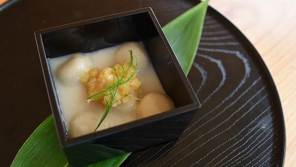 糀甘酒のお豆腐白玉ぜんざい